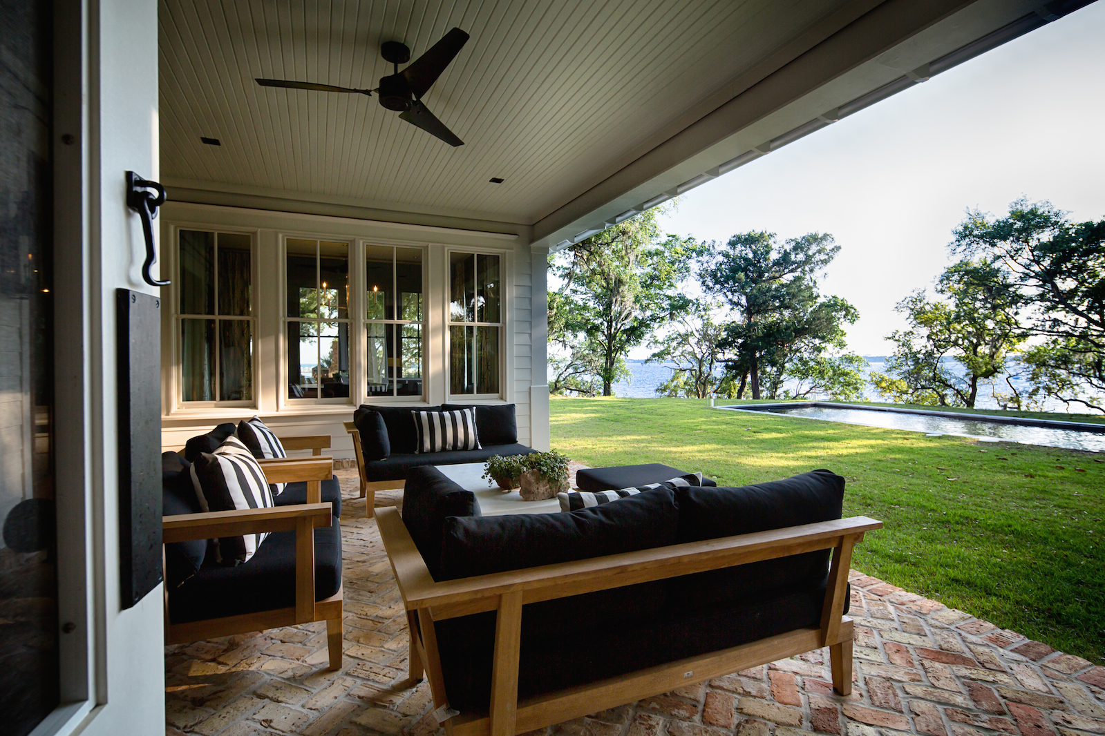 BAY HOUSE COVERED PORCH